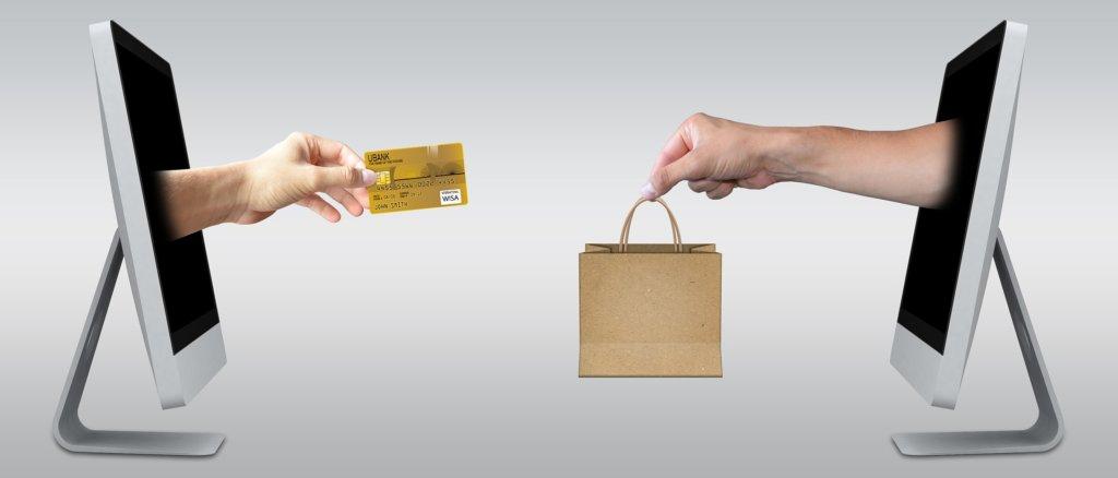 クレジットカード会社は儲かっているんだろうなぁ