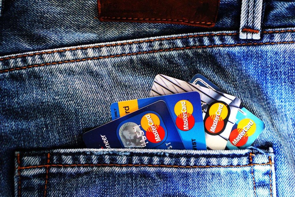 クレジットカード1枚目を作るなら楽天カード