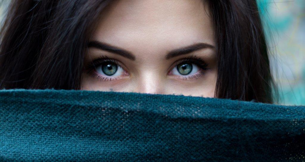 女性の抜け毛、薄毛の原因
