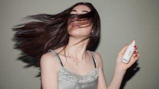 女性の薄毛、抜け毛の原因とは?