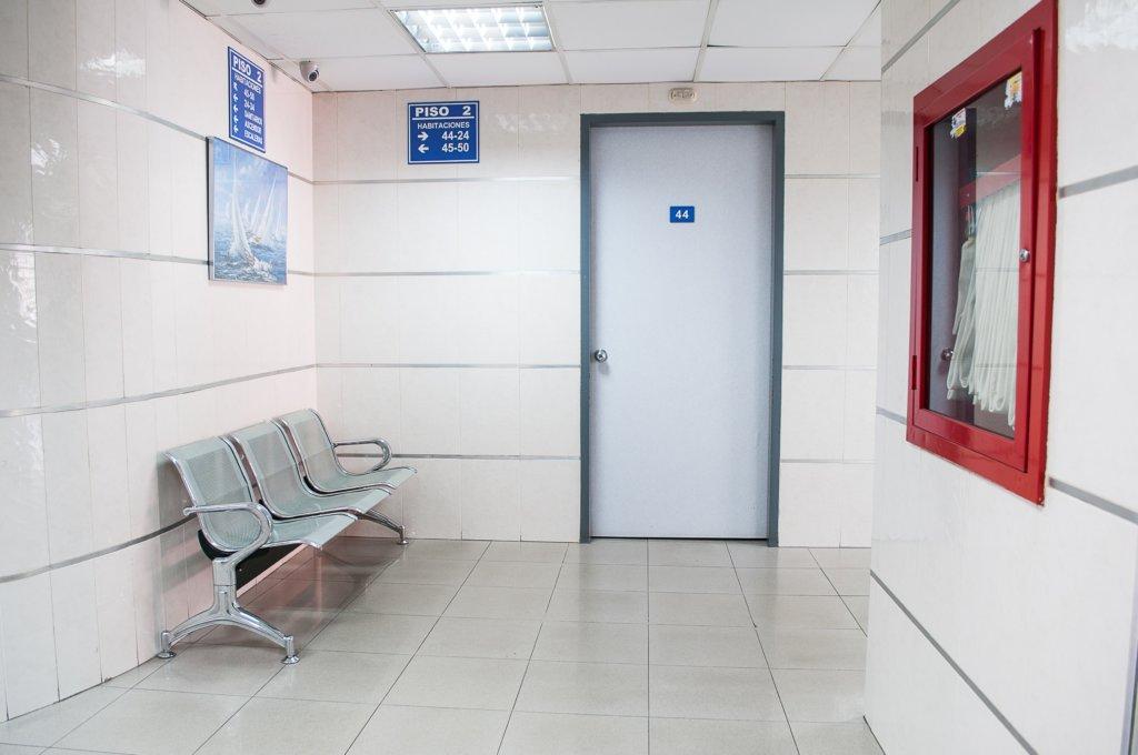 ヘアメディアカルは待合室、施設が男女別
