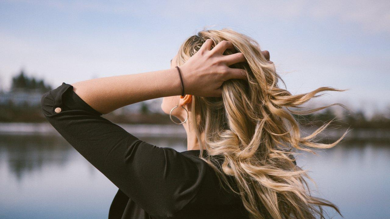 女性薄毛治療の注意点と解決方法
